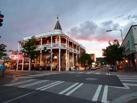 downtown flagstaff at dusk